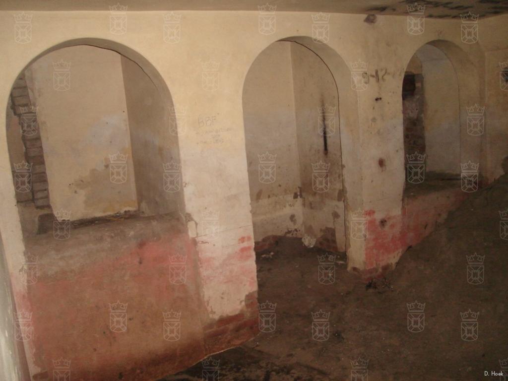 In de wasruimte van het badhuis in Wn. 63HL.