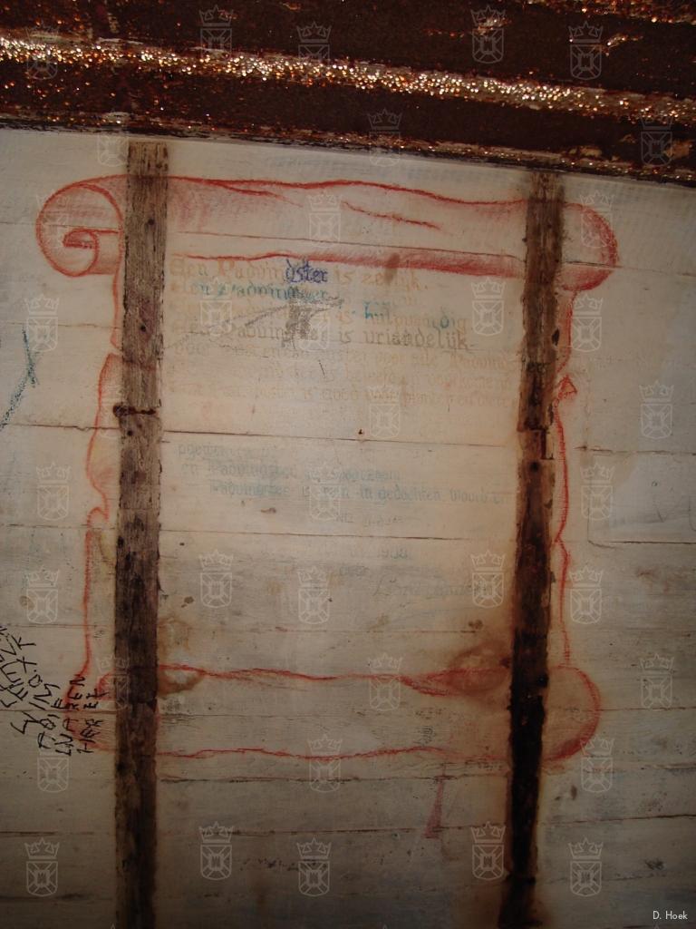 De padvinderswet op de muur van de afwachtingsruimte in de L404.