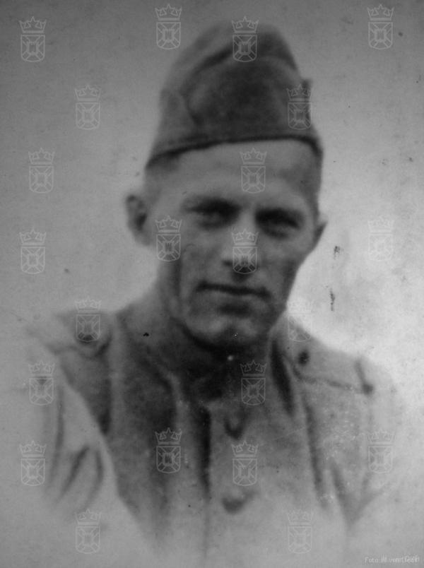 Dirk van Delft tijdens de mobilisatie.