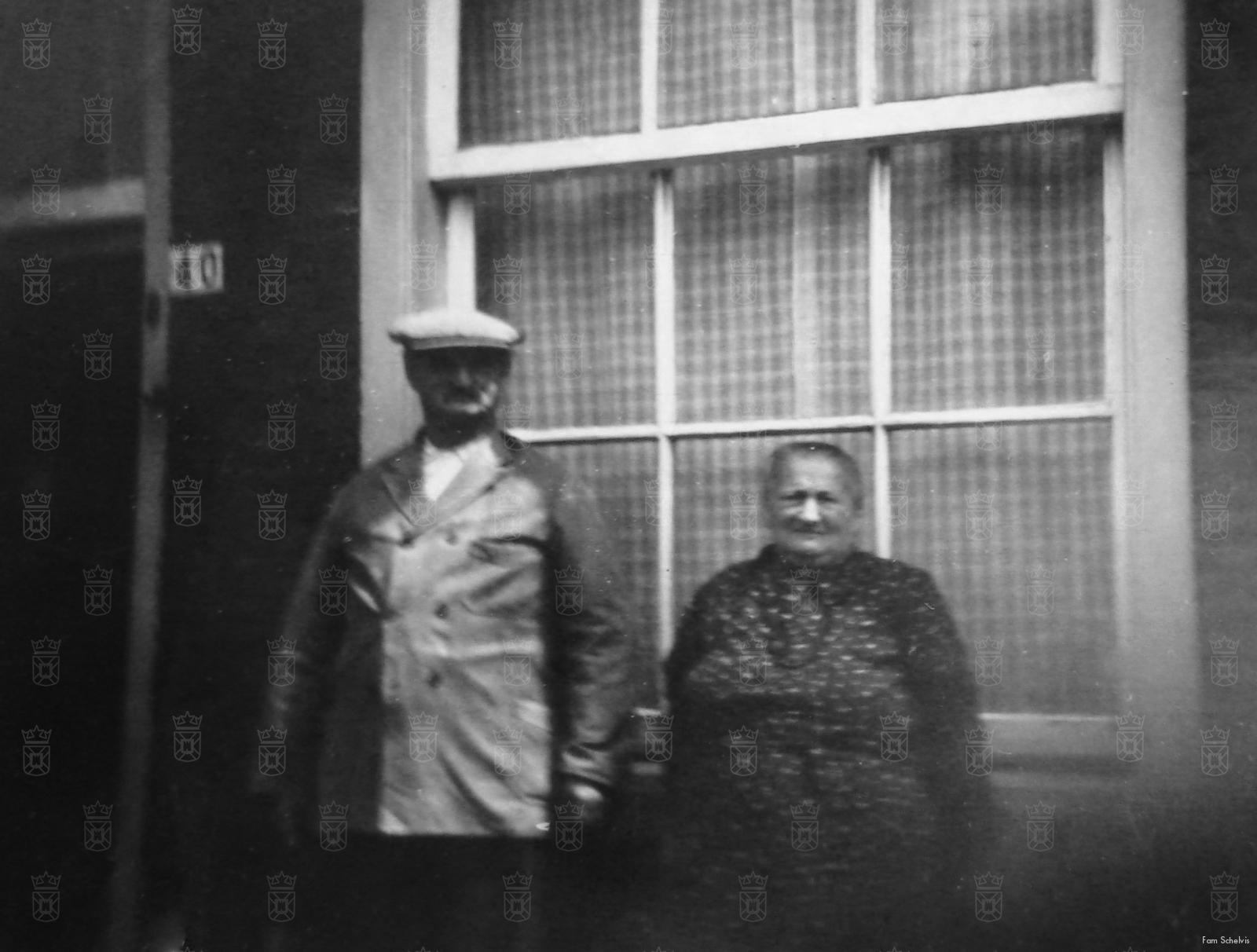 Opa en Oma Schelvis, gedeporteerd en vermoord in Sobibor.