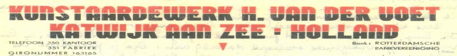 Het briefhoofd van Kunstaardewerk H. van der Voet in de NSB kleuren rood en zwart.