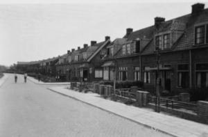 'Borculo', met rechts de huizen aan de Katwijkerweg.