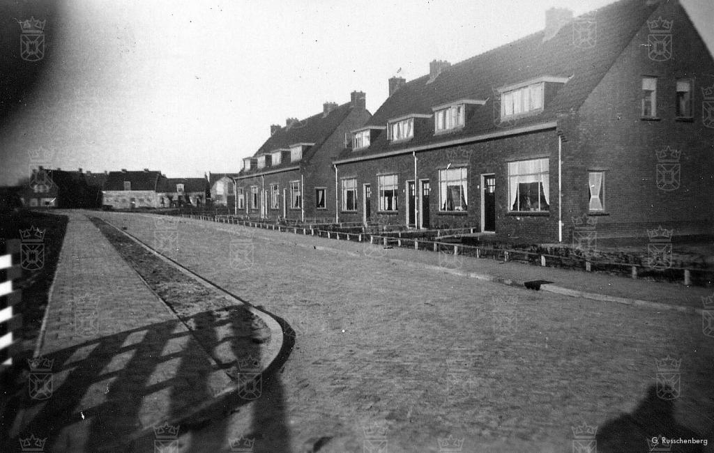 De nieuwbouw aan de Lotsystraat in 1943.